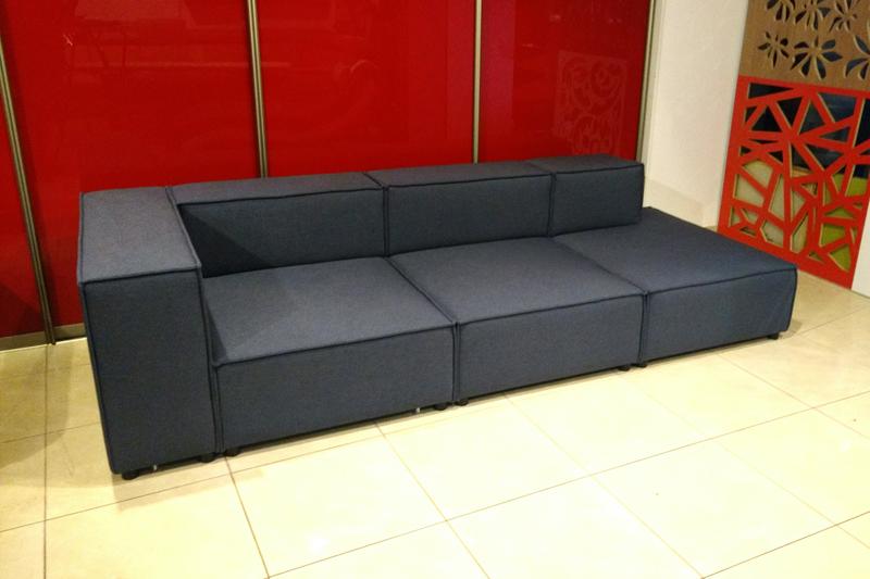 Typ 127  kanapa złożona z 3 modułów
